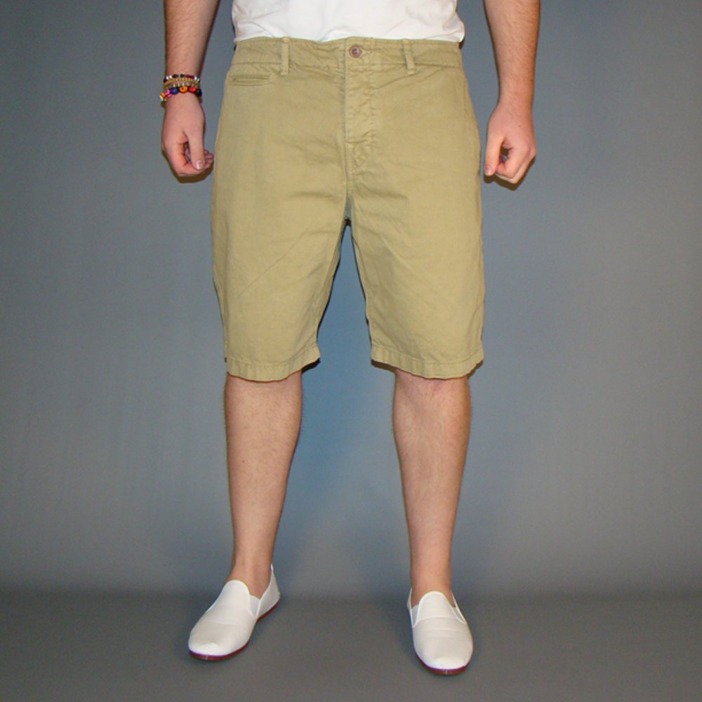 Shop online for men's chino pants at gravitybox.ga Browse straight-leg, slim-fit & tapered-leg chinos & more in a variety of styles. Free shipping & returns.